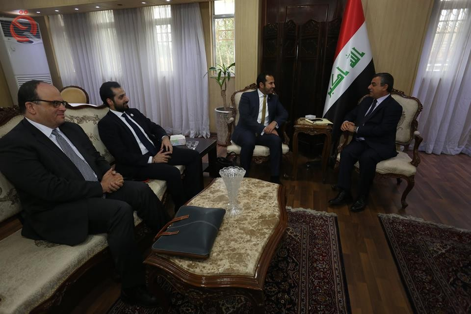 Alaak discusses with Kuwait Development Fund ways to activate international commitments to rebuild Iraq 11739
