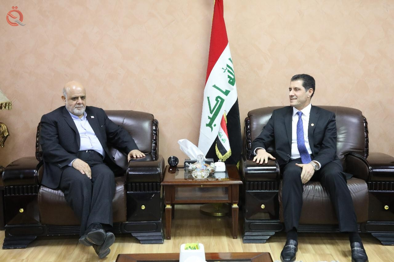 Minister of Planning discusses with the Iranian ambassador the bilateral relations between the two countries 12169
