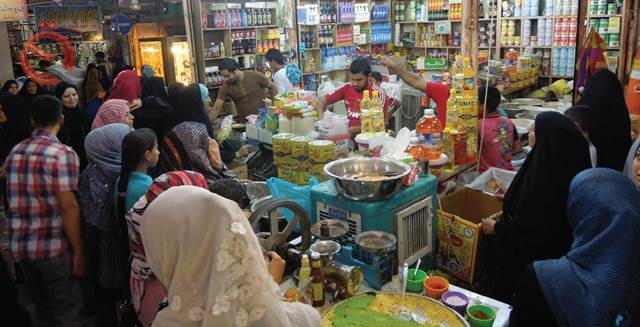 Global site: The Iraqi citizen spends about a third of his monthly salary on the markets 13000