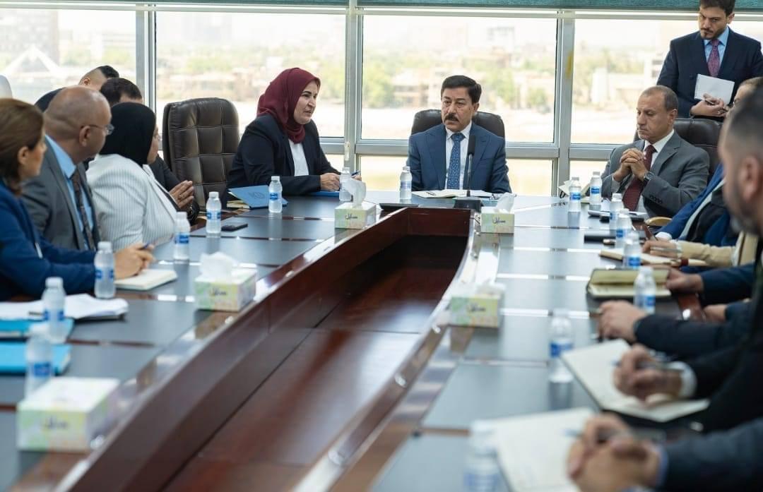 Jordan: 32 Jordanian cargo trucks entered Iraq only two months ago 15097