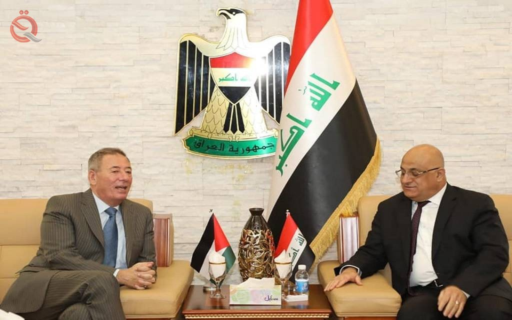 Iraq and Jordan discuss the development of bilateral relations and the volume of trade exchange 16849