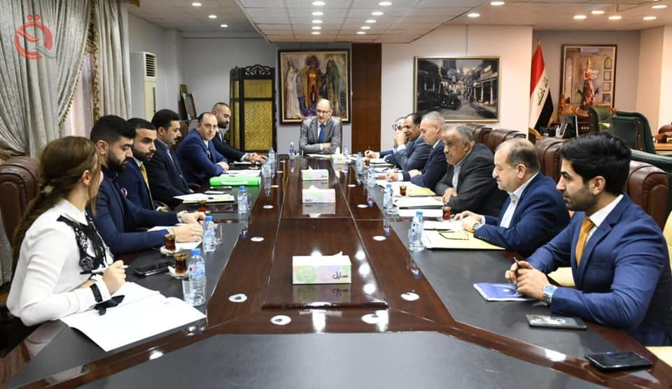 The Central Bank and the Association of Banks discuss the development of Mutanabi Street with the Ministry of Culture 17003