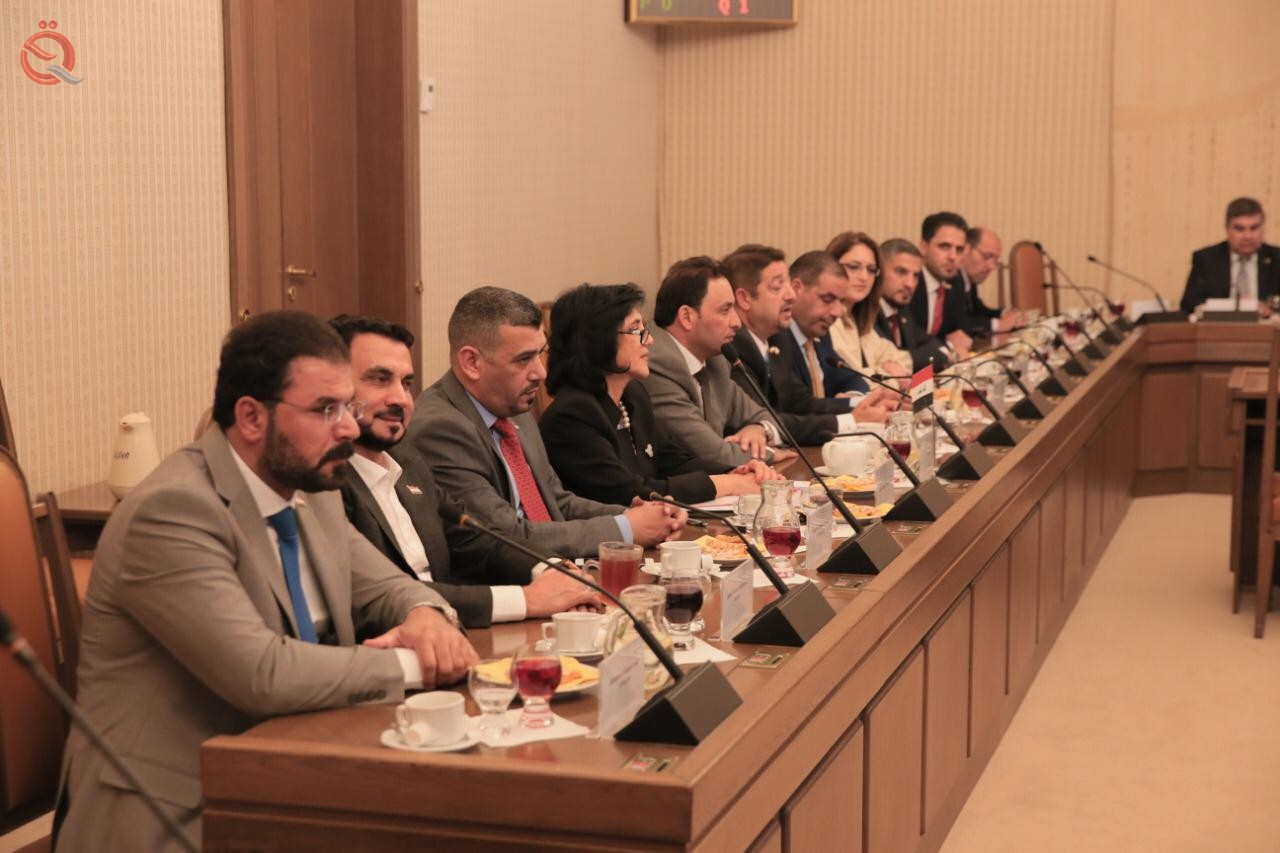 Iraq and the Czech Republic are discussing strengthening partnership and investment to improve electricity and communications networks 17181