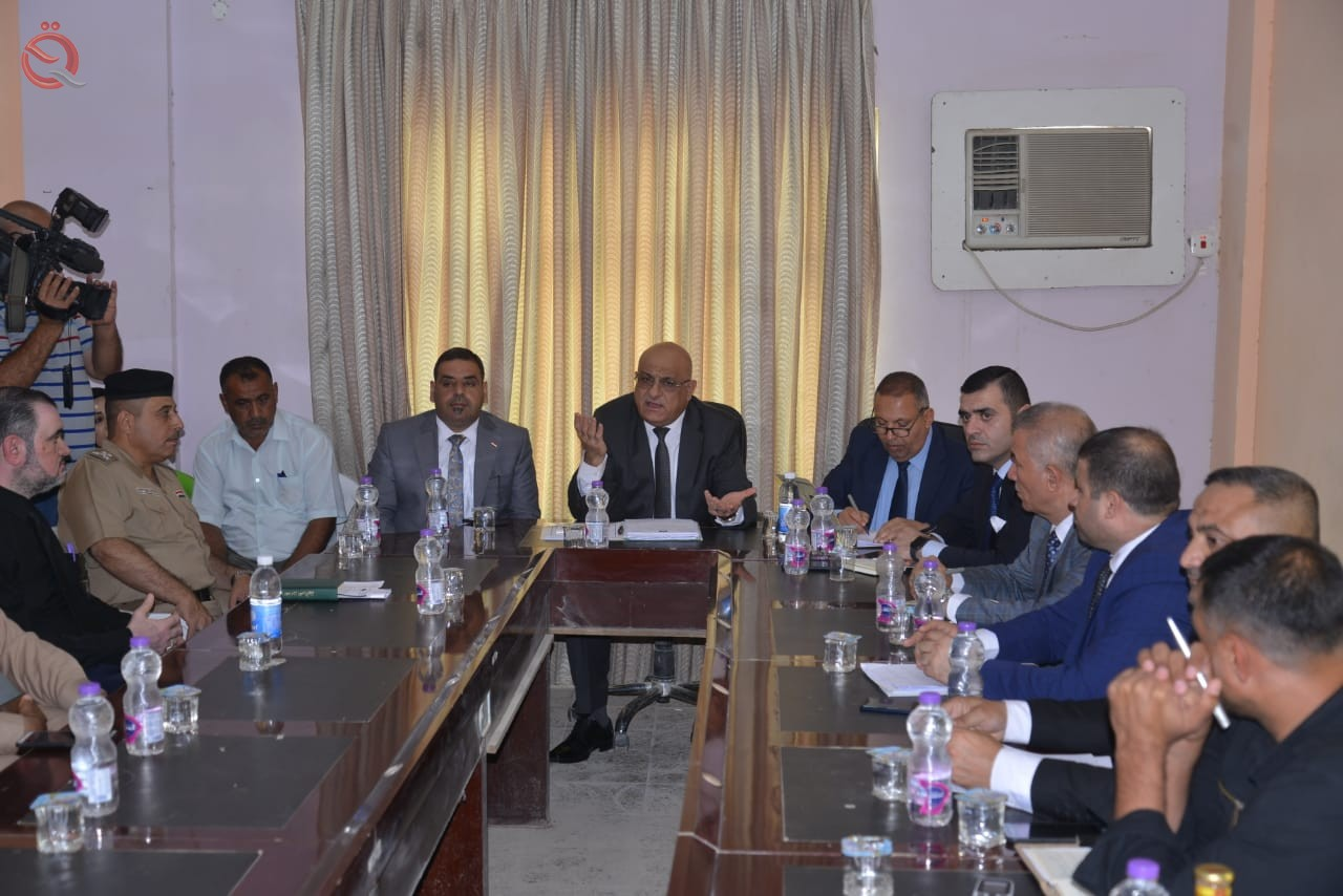 The Minister of Commerce directs the launching of financial allocations to work in lagging projects and services 17662