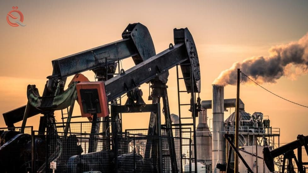 Oil rises on falling US crude inventories and OPEC statements 17850