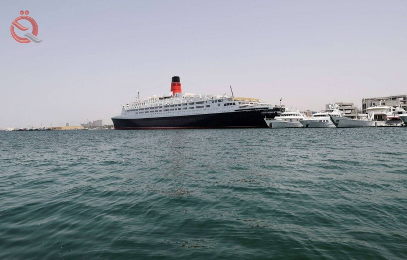 Kuwait prevents ships coming or heading to 7 countries, including Iraq, from stopping at its ports 19216