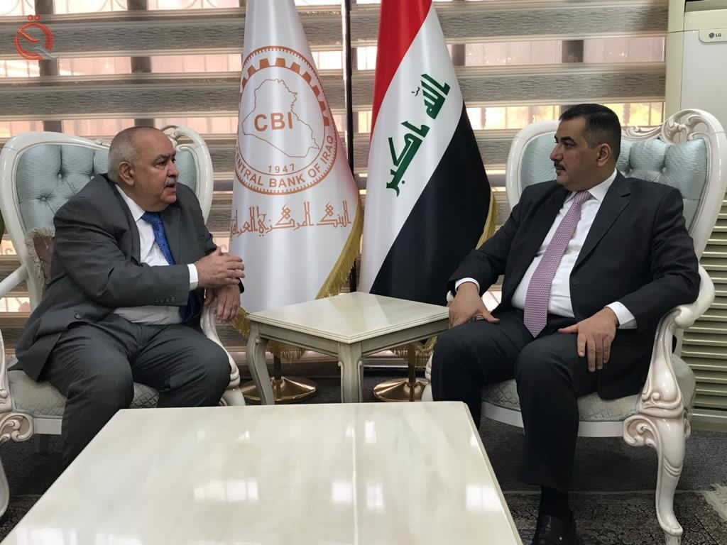 The governor of the Central Bank discusses with the Algerian ambassador the financial and banking situation in the two countries 24632