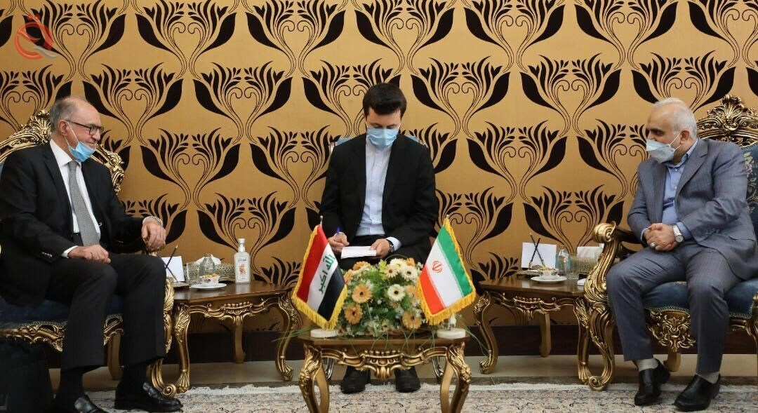 Iranian-Iraqi talks to schedule debt repayment 27690