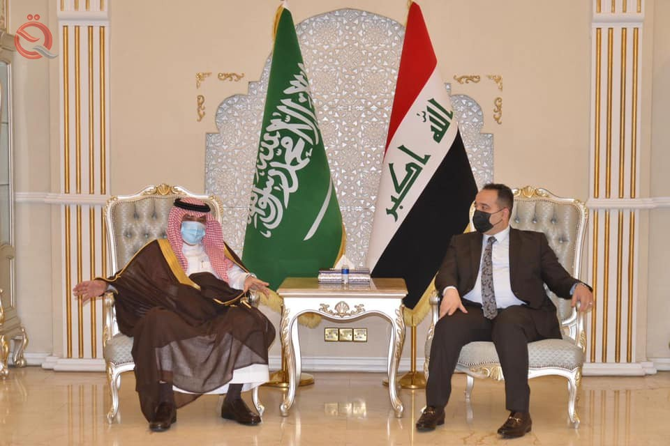 Trade stresses the importance of Saudi companies' participation in the investment process in Iraq 28334